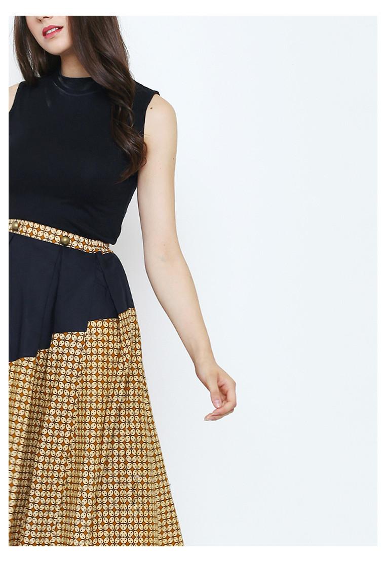 Amerta Women Skirt