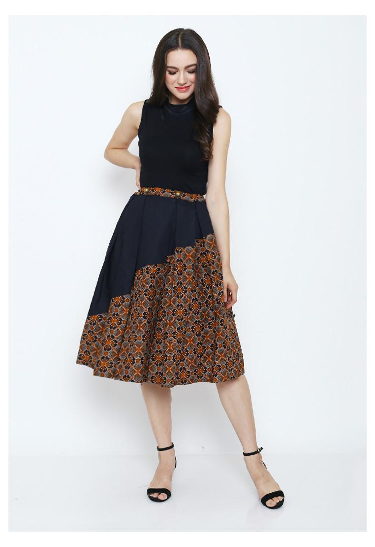 Astina Woman Skirt