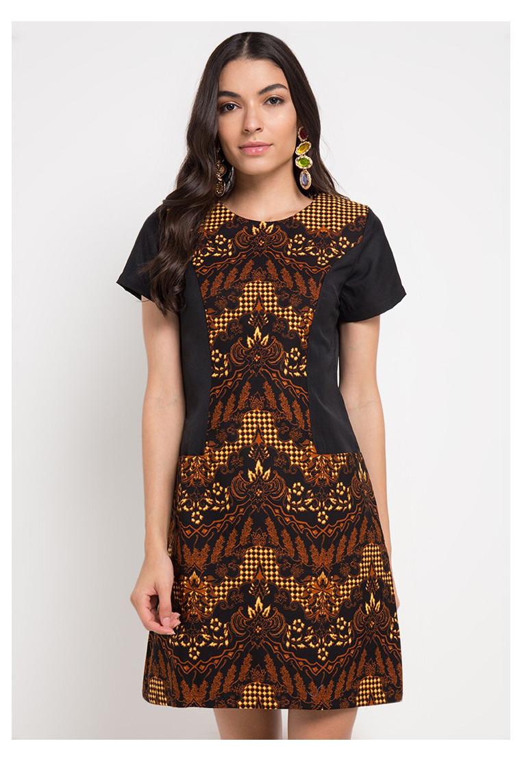 Purwa Women Dress
