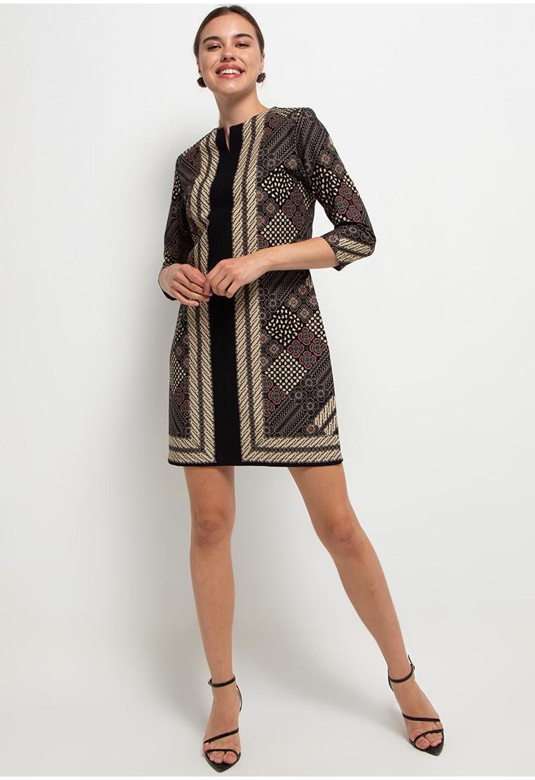 Nawa Woman Dress